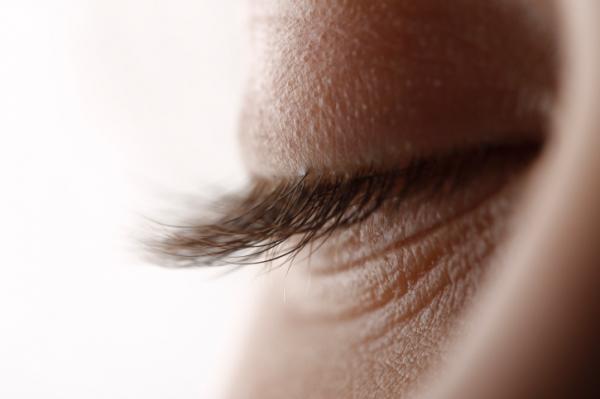 pikkelysömör a fülekben kezelés fotó