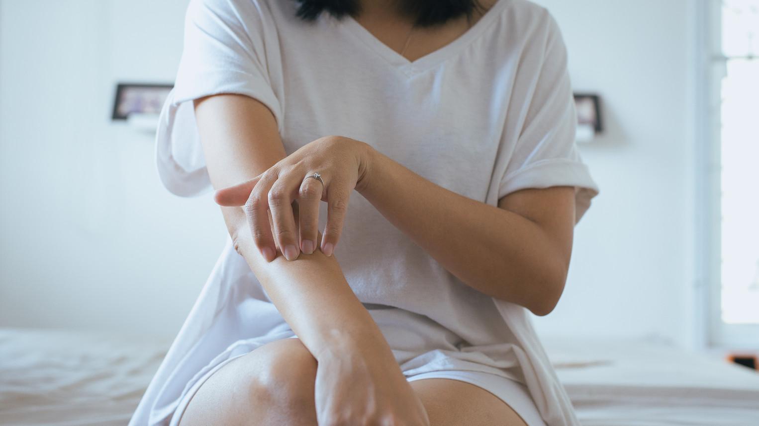 pikkelysömör kezelése ózon adagolással a lábán egy kis piros folt viszket