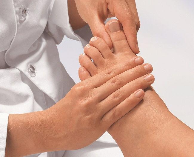 pikkelysömör kezelése a lábakon otthon népi gyógymódokkal