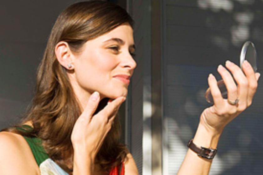 pikkelysömör kezelése a fejn mit jelent a piros folt a kézen
