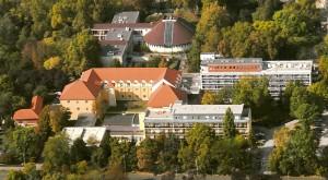 pikkelysömör kezelés egy magyarországi gyógyfürdőben
