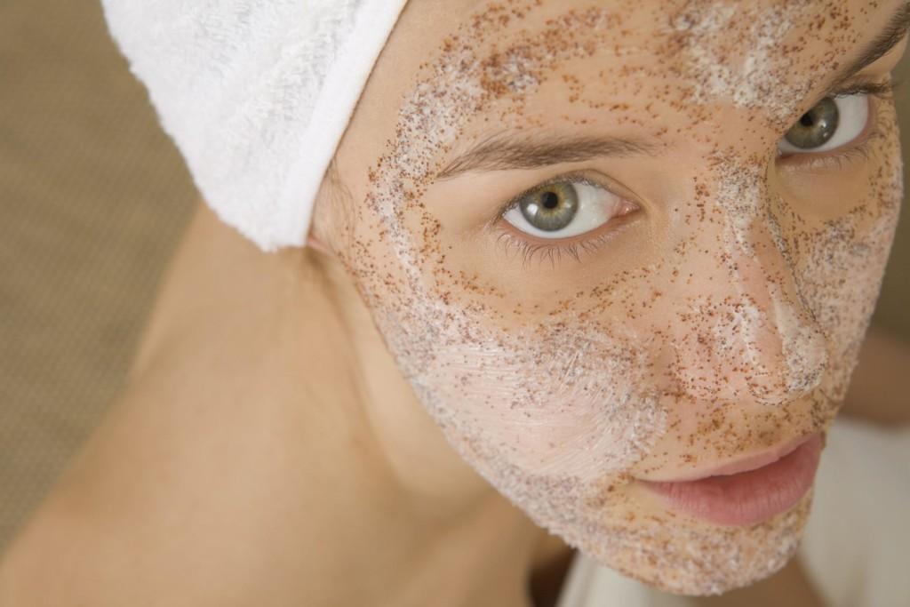 hogyan lehet fehéríteni a bőrt a vörös foltoktól